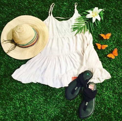Cute Summer Outfit with Dress
